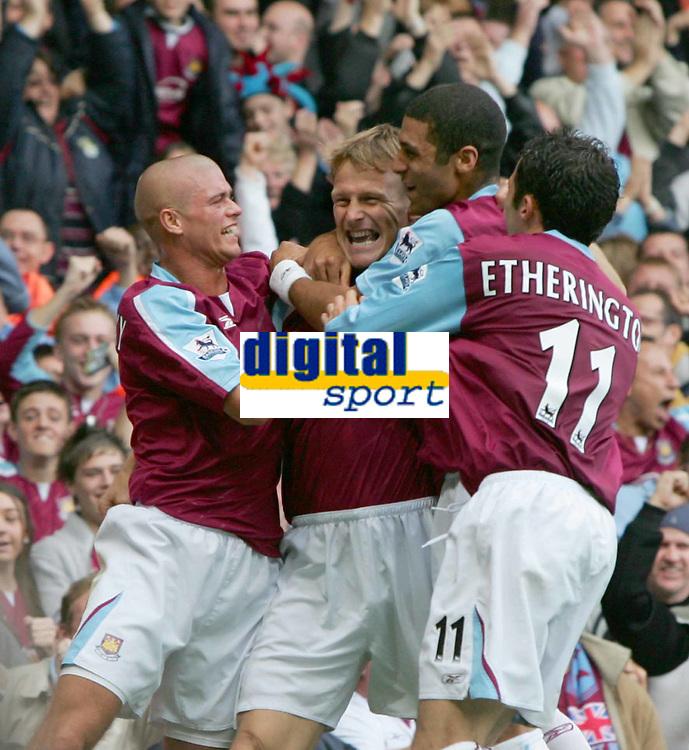 TEDDY SHERINGHAM CELEBRATES HIS GOAL-Barclays Premiership-23 rd Oct 2005-West Ham v Middlesboro. COLORSPORT / KIERAN GALVIN