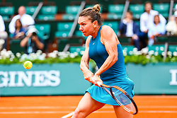May 30, 2018 - Paris, France - SIMONA HALEP (ROU) during day four match of the 2018 French Open 2018 on May 30, 2018, at Stade Roland-Garros in Paris. (Credit Image: © Chaz Niell/Icon SMI via ZUMA Press)