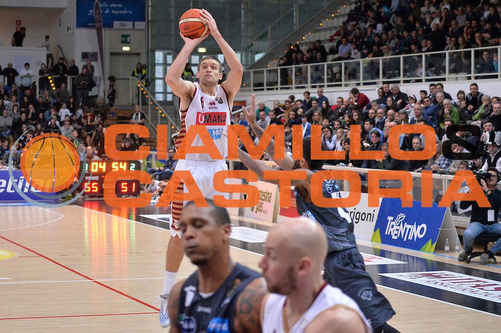 Michael Bramos<br /> Dolomiti Energia Aquila Basket Trento - Umana Reyer Venezia<br /> Lega Basket Serie A 2016/2017<br /> Trento 05/02/2017<br /> Foto Ciamillo-Castoria