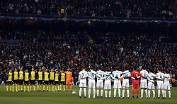December 6, 2017 - Madrid, Spain - Real Madrid and Borussia of Dortmund, save a minute of silence for the death of former Real Madrid player Henning Jensen before the UEFA Champions League group H match between Real Madrid and Borussia Dortmund at Santiago Bernabéu. (Credit Image: © Manu_reino/SOPA via ZUMA Wire)