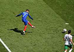 Antoine Griezmann of France scores his second goal of the game  - Mandatory by-line: Joe Meredith/JMP - 26/06/2016 - FOOTBALL - Stade de Lyon - Lyon, France - France v Republic of Ireland - UEFA European Championship Round of 16