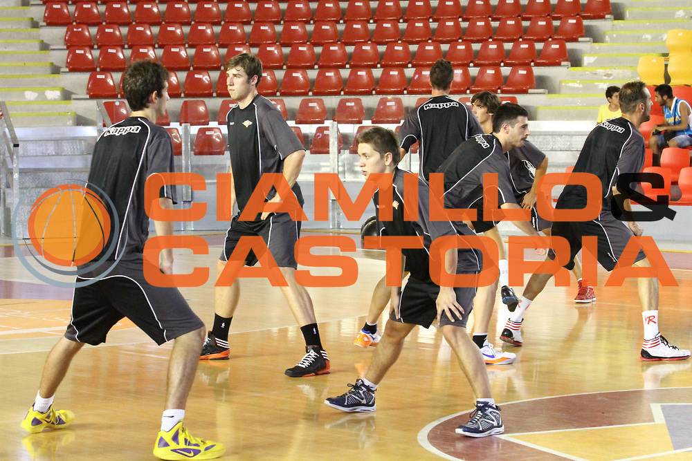 DESCRIZIONE : Roma Lega Basket A 2012-13  Raduno Virtus Roma<br /> GIOCATORE : team<br /> CATEGORIA : allenamento curiosita<br /> SQUADRA : Virtus Roma <br /> EVENTO : Campionato Lega A 2012-2013 <br /> GARA :  Raduno Virtus Roma<br /> DATA : 23/08/2012<br /> SPORT : Pallacanestro  <br /> AUTORE : Agenzia Ciamillo-Castoria/M.Simoni<br /> Galleria : Lega Basket A 2012-2013  <br /> Fotonotizia : Roma Lega Basket A 2012-13  Raduno Virtus Roma<br /> Predefinita :