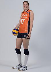 21-05-2014 NED: Selectie Nederlands volleybal team vrouwen, Arnhem<br /> Op Papendal werd het Nederlands team volleybal seizoen 2014-2015 gepresenteerd / Carlijn Ghijssen Jans