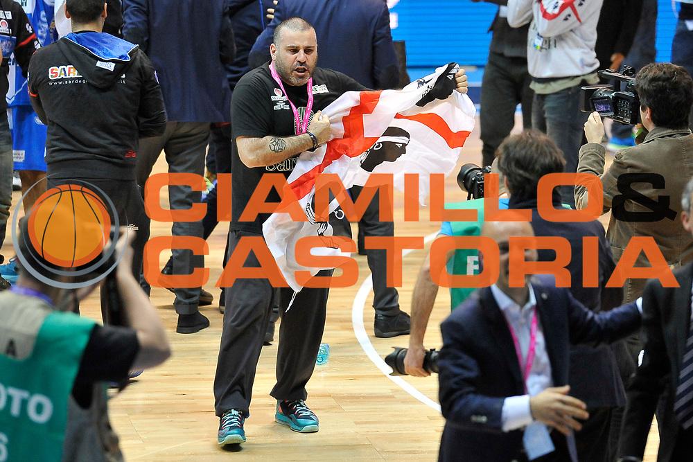 DESCRIZIONE : Final Eight Coppa Italia 2015 Finale Olimpia EA7 Emporio Armani Milano - Dinamo Banco di Sardegna Sassari <br /> GIOCATORE : Banco di Sardegna Sassari<br /> CATEGORIA : Esultanza Ritratto<br /> SQUADRA : Banco di Sardegna Sassari<br /> EVENTO : Final Eight Coppa Italia 2015 <br /> GARA : Olimpia EA7 Emporio Armani Milano - Dinamo Banco di Sardegna Sassari <br /> DATA : 22/02/2015 <br /> SPORT : Pallacanestro <br /> AUTORE : Agenzia Ciamillo-Castoria/C.Atzori