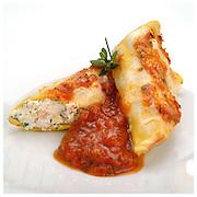 Le Ricette Tradizionali della Cucina Italiana.Italian Cooking Recipes. Cannelloni alla sorrentina