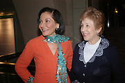 Judith Price and Lady Gilbert. Masterpieces of American Jewelry at the Gilbert Collection. Somerset House. 14 February 2005. ONE TIME USE ONLY - DO NOT ARCHIVE  © Copyright Photograph by Dafydd Jones 66 Stockwell Park Rd. London SW9 0DA Tel 020 7733 0108 www.dafjones.com