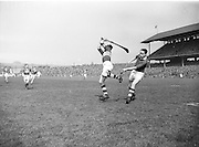 179/2528-2533...-Senior Hurling Tipperary Team in Croke Park...19 April 1953.National Hurling League Final.