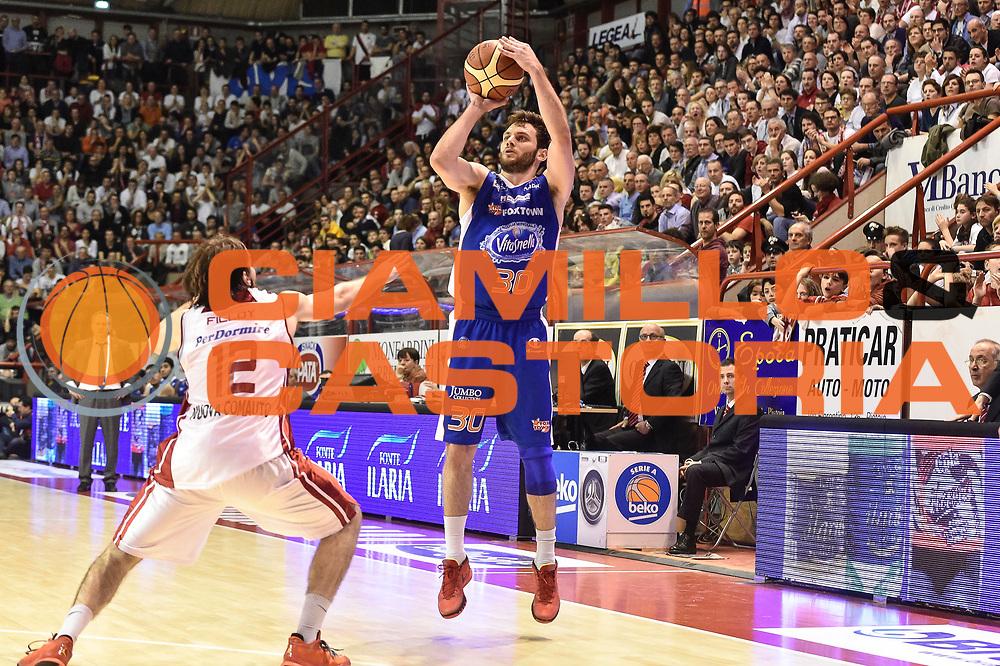 DESCRIZIONE : Campionato 2014/15 Giorgio Tesi Group Pistoia - Acqua Vitasnella Cantu'<br /> GIOCATORE : Stefano Gentile<br /> CATEGORIA : Tiro Tre Punti Three Points<br /> SQUADRA : Acqua Vitasnella Cantu'<br /> EVENTO : LegaBasket Serie A Beko 2014/2015<br /> GARA : Giorgio Tesi Group Pistoia - Acqua Vitasnella Cantu'<br /> DATA : 30/03/2015<br /> SPORT : Pallacanestro <br /> AUTORE : Agenzia Ciamillo-Castoria/GiulioCiamillo<br /> Predefinita :