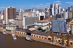 Vista a&eacute;rea do Cais do Porto localizado na Avenida Mau&aacute;, no centro da cidade de Porto Alegre. <br /> FOTO: Jefferson Bernardes/Preview.com