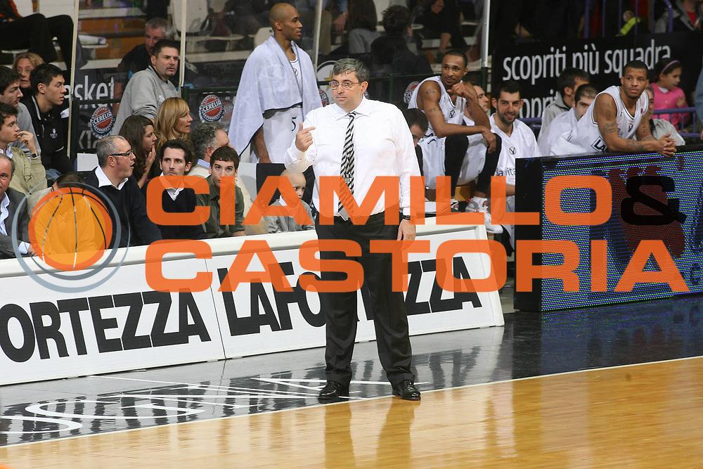 DESCRIZIONE : Bologna Lega A1 2007-08 La Fortezza Virtus Bologna Snaidero Udine <br /> GIOCATORE : Stefano Pillastrini <br /> SQUADRA : La Fortezza Virtus Bologna <br /> EVENTO : Campionato Lega A1 2007-2008 <br /> GARA : La Fortezza Virtus Bologna Snaidero Udine <br /> DATA : 18/11/2007 <br /> CATEGORIA : <br /> SPORT : Pallacanestro <br /> AUTORE : Agenzia Ciamillo-Castoria/G.Ciamillo