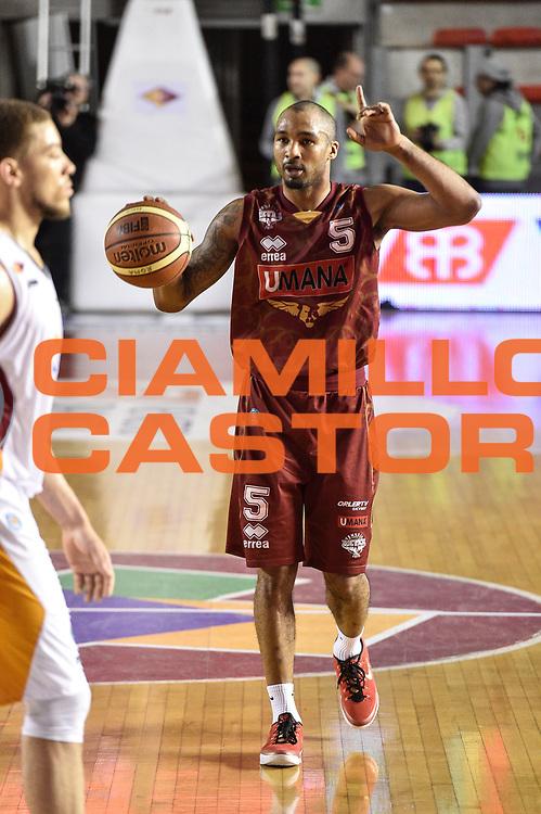 DESCRIZIONE : Campionato 2014/15 Virtus Acea Roma - Umana Reyer Venezia<br /> GIOCATORE : Phil Goss<br /> CATEGORIA : Palleggio Schema Mani<br /> SQUADRA : Umana Reyer Venezia<br /> EVENTO : LegaBasket Serie A Beko 2014/2015<br /> GARA : Virtus Acea Roma - Umana Reyer Venezia<br /> DATA : 01/02/2015<br /> SPORT : Pallacanestro <br /> AUTORE : Agenzia Ciamillo-Castoria/GiulioCiamillo<br /> Predefinita :