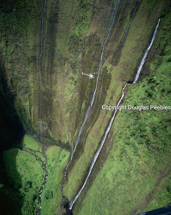 Helicopter, Waimanu Valley, Island of Hawaii, Hawaii, USA<br />