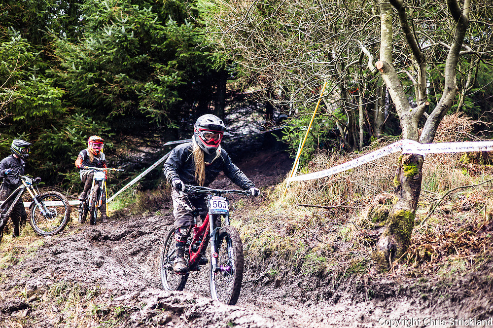 Ae Forest, Dumfries, Dumfries & Galloway, Scotland, UK. 2nd April 2016. Mountain Bikers take part in the 1st round of the British Downhill Series on the iconic 7Stanes trails in Ae Forest near Dumfries.