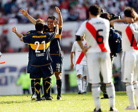 Fotball<br /> Foto: Piko Press/Digitalsport<br /> NORWAY ONLY<br /> <br /> River Plate (0) Vs BOCA Jrs. (1) in the Argentine First Division derby soccer match at Monumental stadium in Buenos Aires, Argentina. October 19, 2008<br /> Here Boca Jrs. JUAN ROMAN RIQUELME celebrating with team maters after the match