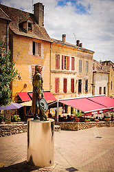 Statue of Cyrano de Bergerac in Bergerac, Dordogne, France<br /> <br /> (c) Andrew Wilson | Edinburgh Elite media