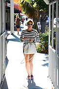 17.AUGUST.2013. LOS ANGELES<br /> <br /> SELMA BLAIR RUNNING SOME ERRANDS ALONE IN HOLLYWOOD, USA.<br /> <br /> BYLINE: EDBIMAGEARCHIVE.CO.UK<br /> <br /> *THIS IMAGE IS STRICTLY FOR UK NEWSPAPERS AND MAGAZINES ONLY*<br /> *FOR WORLD WIDE SALES AND WEB USE PLEASE CONTACT EDBIMAGEARCHIVE - 0208 954 5968*