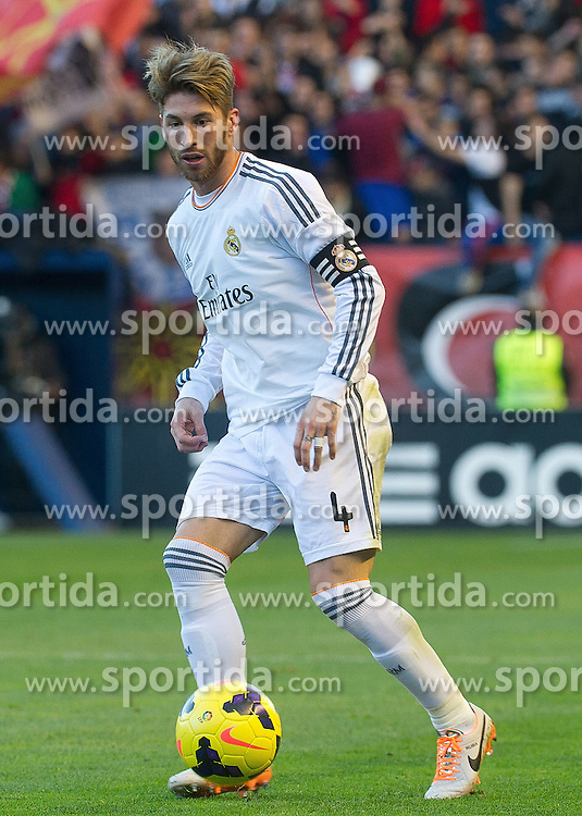 14.12.2013, Estadio El Sadar, Pamplona, ESP, Primera Division, CA Osasuna vs Real Madrid, 16. Runde, im Bild Real Madrid's Sergio Ramos // Real Madrid's Sergio Ramos during the Spanish Primera Division 16th round match between CA Osasuna and Real Madrid CF at the Estadio El Sadar in Pamplona, Spain on 2013/12/14. EXPA Pictures &copy; 2013, PhotoCredit: EXPA/ Alterphotos/ Mikel<br /> <br /> *****ATTENTION - OUT of ESP, SUI*****