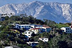 Wellington-Snowfall on capitals foothills