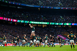 General View as South Africa Lock Lodewyk de Jager wins a lineout - Mandatory byline: Rogan Thomson/JMP - 07966 386802 - 24/10/2015 - RUGBY UNION - Twickenham Stadium - London, England - South Africa v Wales - Rugby World Cup 2015 Semi Finals.