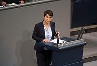 DEU, Deutschland, Germany, Berlin, 12.12.2017: Dr. Frauke Petry (fraktionslos) bei einer Rede im Deutschen Bundestag.
