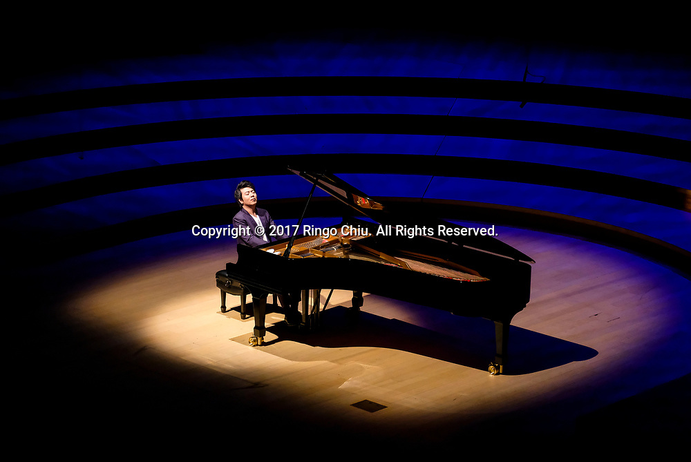 LOS ANGELESE, CA - February 1, 2017: Pianist Lang Lang performs recital at Walt Disney Concert Hall, Wednesday, Feb. 1, 2017, in Los Angeles. (Photo by Ringo H.W. Chiu / For The Times)