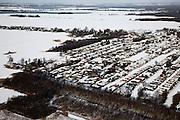 Nederland, Utrecht, Nieuw-Looosdrecht, 31-01-2010; Loosdrechtsche Plassen, caravanpark in de sneeuw. De Breukelveensche- of Stille Plas is bevroren, maar schaatsen is onmogelijk door de sneeuw.Caravan park in the snow, the lakes are frozen, but ice skating is impossible becuase of the the snow.luchtfoto (toeslag), aerial photo (additional fee required).foto/photo Siebe Swart
