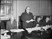 08/07/1955<br /> 07/08/1955<br /> 08 July 1955<br /> <br /> Eggs and Poultry Consultative Councils at Government Buildings