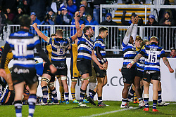 Bath Rugby celebrate after keeping out multiple Bristol Rugby attacks to win 16-9 - Rogan Thomson/JMP - 18/11/2016 - RUGBY UNION - Recreation Ground - Bath, England - Bath Rugby v Bristol Rugby - Aviva Premiership.