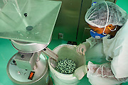 Belo Horizonte_MG, Brasil...Industria farmaceutica em Belo Horizonte, Minas Gerais...Pharmacy industry in Belo Horizonte, Minas Gerais...Foto: JOAO MARCOS ROSA / NITRO