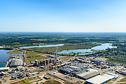 Nederland, Noord-Brabant, Gemeente Cranendonck, 23-08-2016; Loozerheide met de Zinkfabriek Budel (Nyrstar Budel). Moorland with the zinc factory (Nyrstar Budel).<br /> aerial photo (additional fee required); <br /> luchtfoto (toeslag op standard tarieven);<br /> copyright foto/photo Siebe Swart