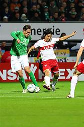 27.11.2011, Weser Stadion, Bremen, GER, 1.FBL, Werder Bremen vs VFB Stuttgart, im Bild Clemens Fritz (SV Werder Bremen) und Shinji Okazaki (VfB Stuttgart) im Zweikampf // during the Match GER, 1.FBL, Werder Bremen vs VFB Stuttgart, Weser Stadion, Bremen, Germany, on 2011/11/27EXPA Pictures © 2011, PhotoCredit: EXPA/ nph/ SielskiSielski..***** ATTENTION - OUT OF GER, CRO *****