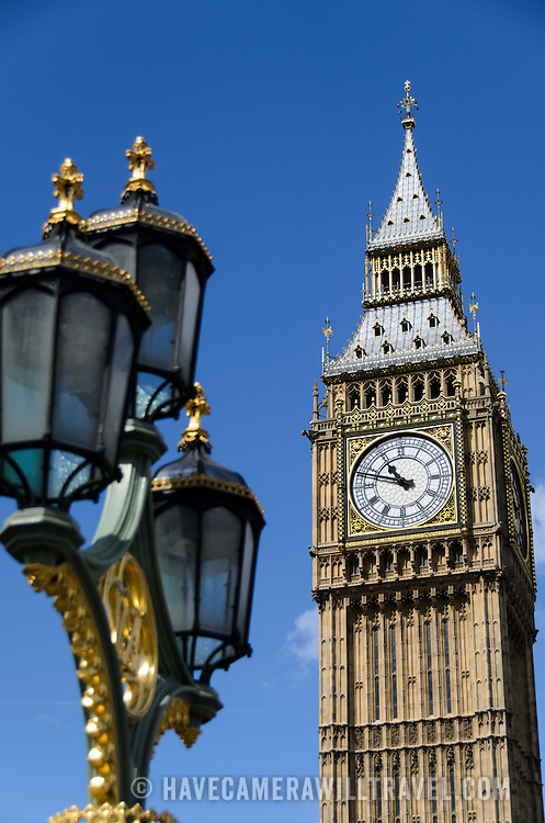 Big Ben with Street Lights 169-095000587 169-095000587 The clock of Elizabeth Tower (commonly known as Big Ben) on the Palace of Westminster, with some of the ornate streets lights of Westminster Bridge in the foreground.