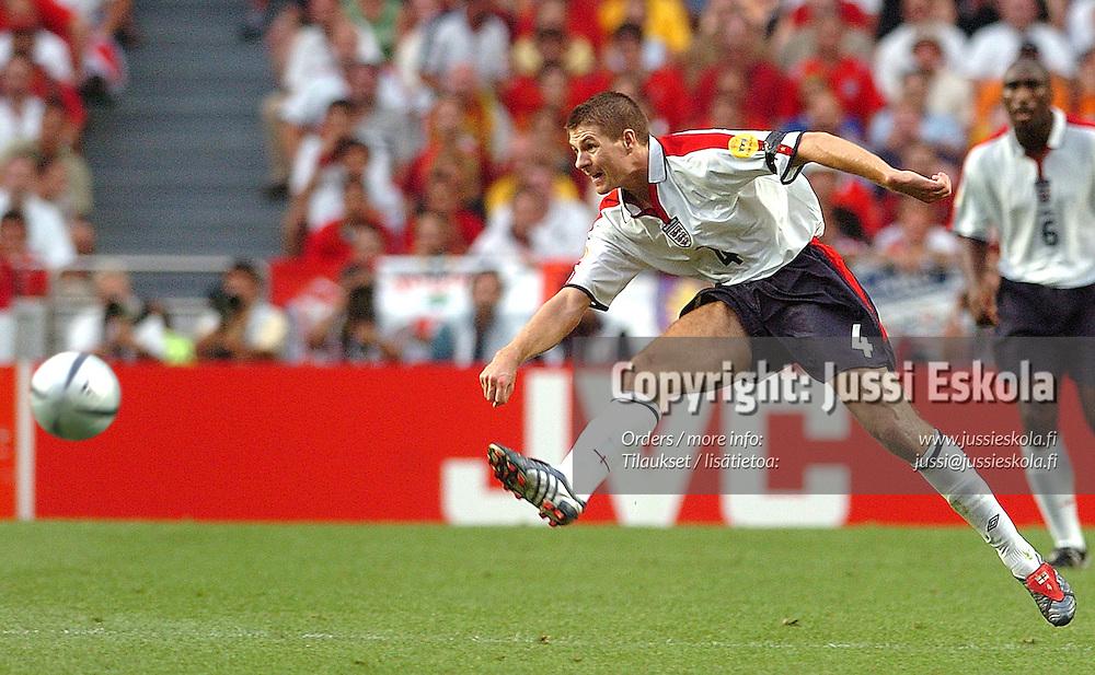 Steven Gerrard, Portugal-England, 24.6.2004.&amp;#xA;Euro 2004.&amp;#xA;Photo: Jussi Eskola<br />