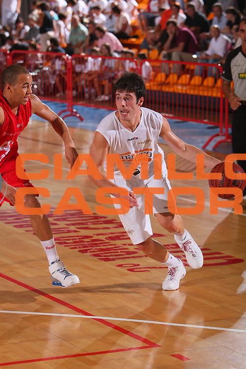 DESCRIZIONE : Caorle Lega A1 2008-09 Torneo di Caorle Snaidero Udine Armani Jeans Milano <br /> GIOCATORE : Lorenzo D Ercole <br /> SQUADRA : Snaidero Udine <br /> EVENTO : Campionato Lega A1 2008-2009 <br /> GARA : Snaidero Udine Armani Jeans Milano <br /> DATA : 12/09/2008 <br /> CATEGORIA : Palleggio <br /> SPORT : Pallacanestro <br /> AUTORE : Agenzia Ciamillo-Castoria/S.Silvestri