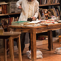 Mexico, D.F. 30/04/2015. Foro Chapultepec. Imágenes del estreno de la obra El Profesor. Damian Alcazar.
