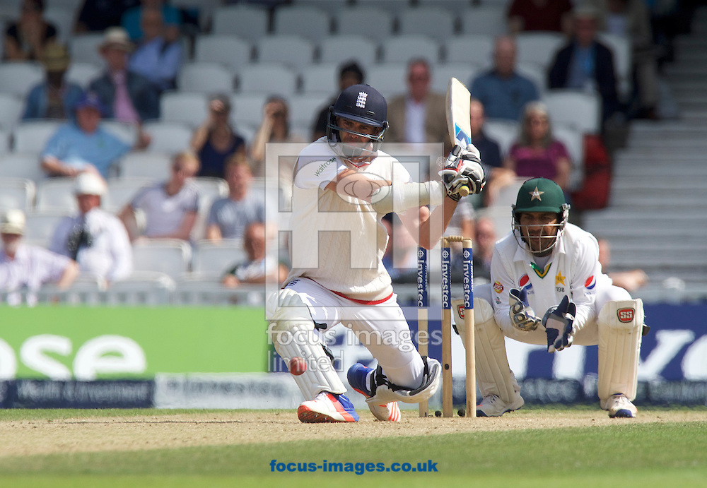 James Anderson of England is out for lbw during Day Four of the fourth Investec Test Match at the Kia Oval, London<br /> Picture by Alan Stanford/Focus Images Ltd +44 7915 056117<br /> 14/08/2016