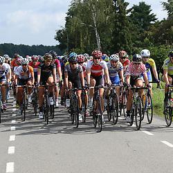 02-09-2015: Wielrennen: Ladiestour: Tiel<br /> TIEL (NED) wielrennen<br /> De tweede etappe was rond Tiel en ging door de Betuwe