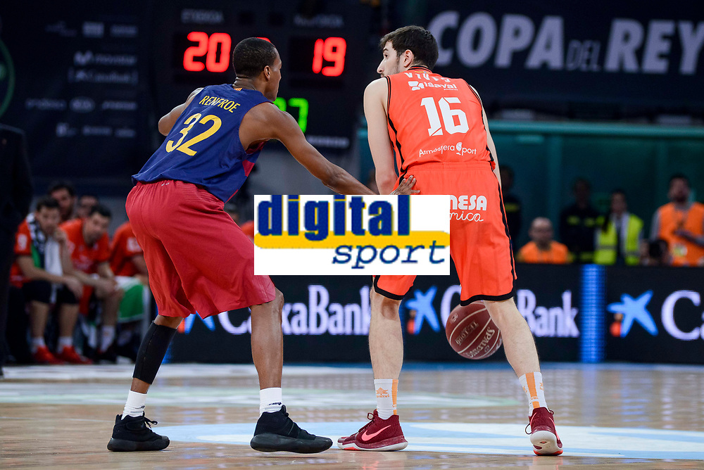 Valencia Basket's Guillem Vives and FCB Lassa's Xavier Mumford during Semi Finals match of 2017 King's Cup at Fernando Buesa Arena in Vitoria, Spain. February 18, 2017. (ALTERPHOTOS/BorjaB.Hojas)