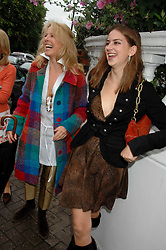 Left to right, SUSANNA WAY and her daughter at the annual Sir David & Lady Carina Frost Summer Party in Carlyle Square, London SW3 on 5th July 2007.<br /><br />NON EXCLUSIVE - WORLD RIGHTS