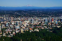 City of Portland featuring Mount Hood