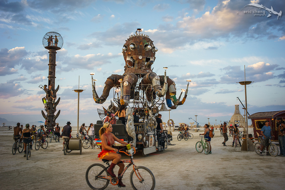 El Pulpo Mecanico, one of the most amazing art cars. Burning Man 2014