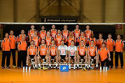 25-04-2013 VOLLEYBAL: NEDERLANDS MANNEN VOLLEYBALTEAM: ROTTERDAM<br /> Selectie Oranje mannen seizoen 2013-2014 / Teamfoto 2013 met begeleiding<br /> ©2013-FotoHoogendoorn.nl