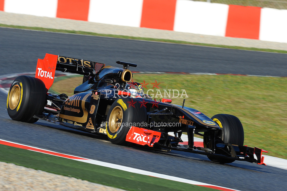 18.02.2011, Circuit de Catalunya, Barcelona, ESP, Formel 1 Test 3 2011,  im Bild Nick Heidfeld (GER) Lotus Renault GP EXPA Pictures © 2011, PhotoCredit: EXPA/ nph/  Dieter Mathis       ****** out of GER / SWE / CRO  / BEL ******