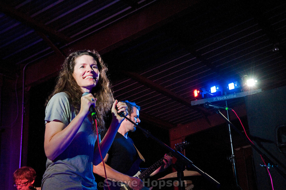Edie Brickell & the New Bohemians performing at the Bands for Band Benefit in Blanco, Texas, May 21, 2011. The Bands for Band benefit was held to assist the Blanco High School Marching Band in purchasing uniforms. Edie Arlisa Brickell (born March 10, 1966) is an American singer-songwriter best known for 1988's Shooting Rubberbands at the Stars.