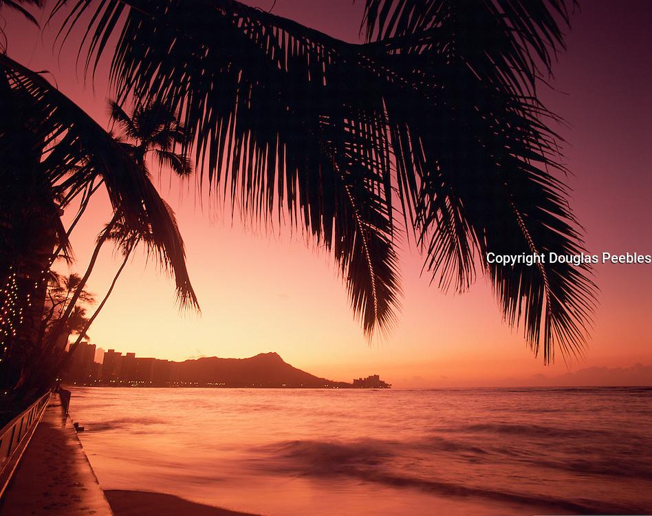 Diamond Head, Waikiki, Oahu, Hawaii, USA<br />