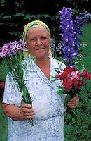 Marchande de Fleurs, Ukraine. // Ukrainian woman - Ukraine