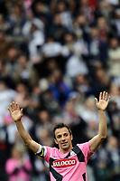 Alessandro Del Piero effettua un giro di campo per salutare i tifosi<br /> Torino 13/05/2012 Juventus Stadium<br /> Football Calcio 2011/2012 Serie A<br /> Festeggiamenti Juventus Campione d'Italia<br /> Juventus celebration for Serie A victory<br /> Foto Insidefoto Andrea Staccioli