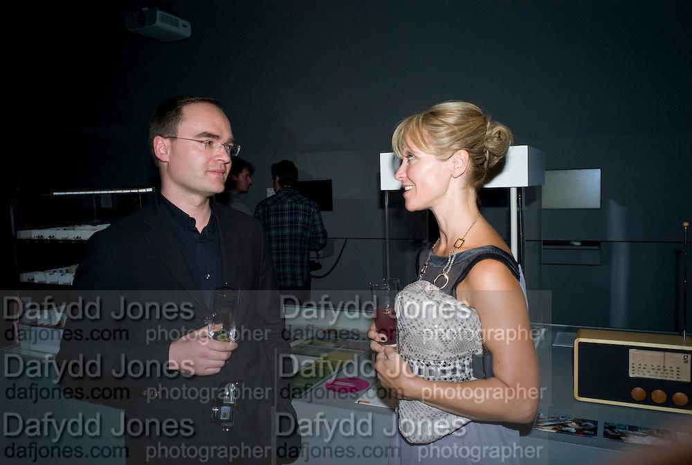 MICHAEL PLANK; NAOMI CLEAVER, brit Insurance Design Awards 2009. Design Museum. London. 18 March 2009. *** Local Caption *** -DO NOT ARCHIVE-© Copyright Photograph by Dafydd Jones. 248 Clapham Rd. London SW9 0PZ. Tel 0207 820 0771. www.dafjones.com.<br /> MICHAEL PLANK; NAOMI CLEAVER, brit Insurance Design Awards 2009. Design Museum. London. 18 March 2009.