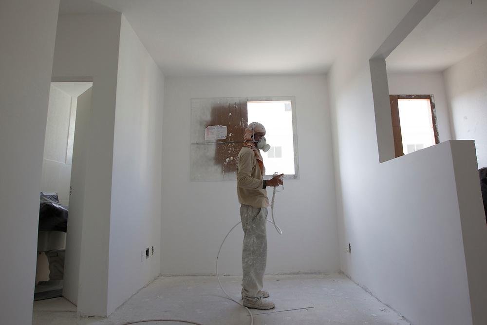 Jundiai_SP, 07 de Junho de 2011.<br /> <br /> MINHA CASA MINHA VIDA<br /> <br /> Fotos das obras do empreendimento Spazio Jandaia da construtora MRV na cidade de Jundiai.<br /> <br /> FOTO: MARCUS DESIMONI / NITRO