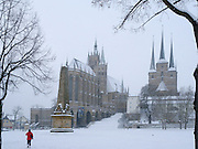 Mariendom und Severikirche, Schnee, Winter, Erfurt, Thüringen, Deutschland.|.cathedral and Severin church, winter, snow, Erfurt, Thuringia, Germany